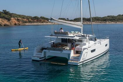 Hire Catamaran FOUNTAINE PAJOT SAONA 47 Tortola