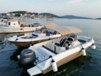 Motorboat Atlantis Marine Open 670 for hire