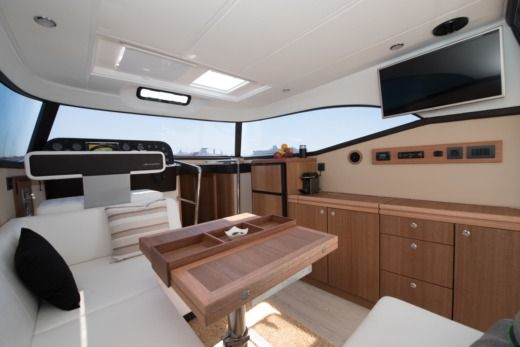 Motorboat Monachus Yachts Issa 45 for hire