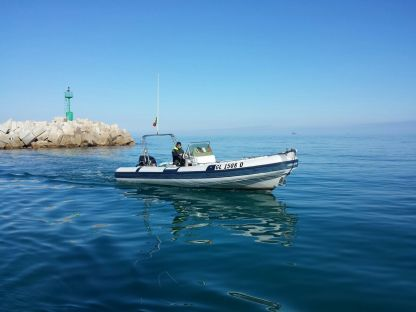 Location Semi-rigide Joker Boat Clubman 24 San Foca
