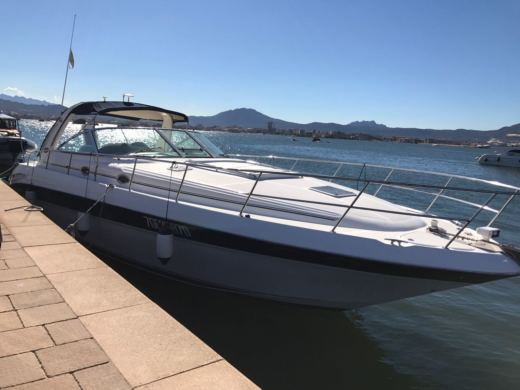 Sea Ray 455 Sundancer a Porto Rotondo