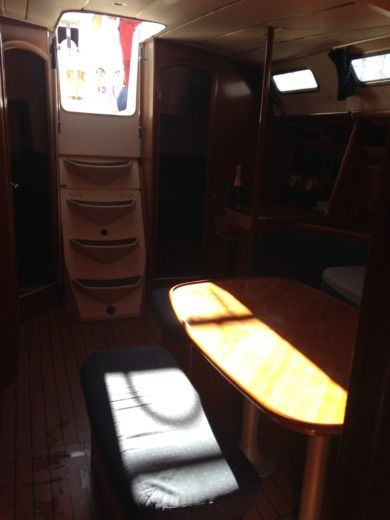 Beneteau Oceanis 393 Clipper in Marseille for hire
