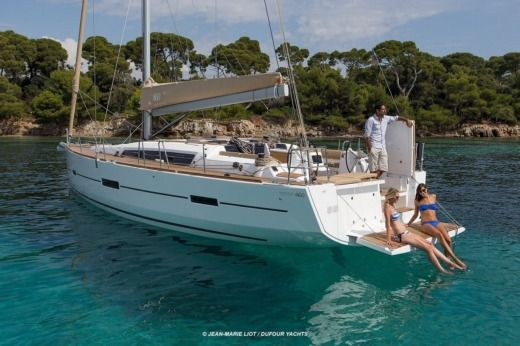 Barca a vela Dufour 460 Grand`Large (4 Cabins, From 2016) da noleggiare