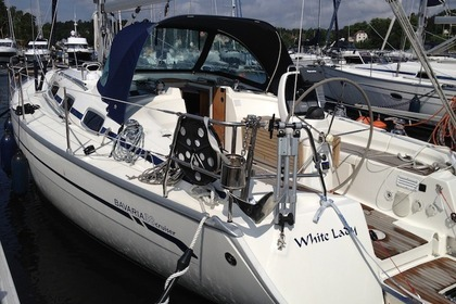 Rental Sailboat BAVARIA 38 CRUISER Stockholm