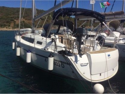 Charter Sailboat Bavaria Cruiser 37 Portisco