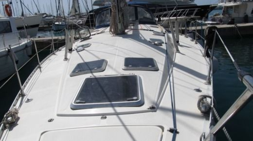 Sailboat Jeanneau Sun Odyssey 45.1 for hire
