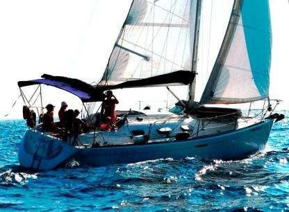 Rental Sailboat Beneteau First 33.7 Palamós