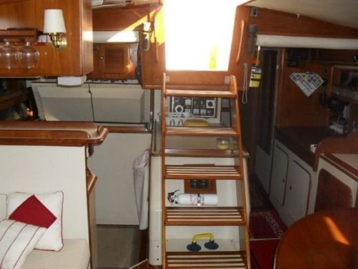 Sailboat IRWIN 42 KETCH for hire