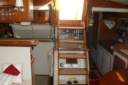 Hire Sailboat IRWIN 42 KETCH Porto-Vecchio