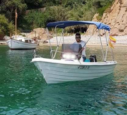 Rental Motorboat Estable 415 Blanes