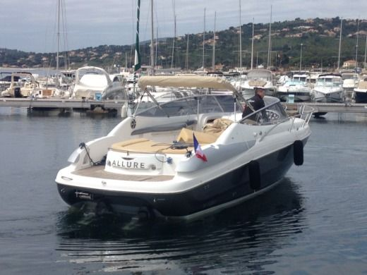 SESSA MARINE S32 in Mandelieu-la-Napoule peer-to-peer