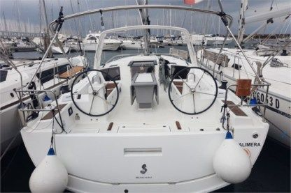 Rental Sailboat Beneteau Oceanis 41.1 Puntone di Scarlino