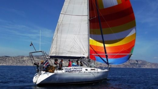 Sailboat Beneteau First 375 for hire