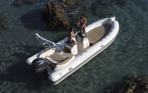 RIB CAPELLI TEMPEST 700 peer-to-peer