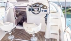 Motorboat Atlantic 570 Suncruiser for hire