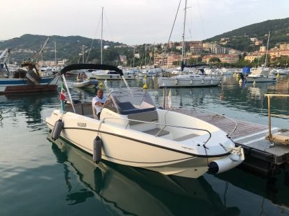 Charter Motorboat Quick Silver 675 Open Vernazza