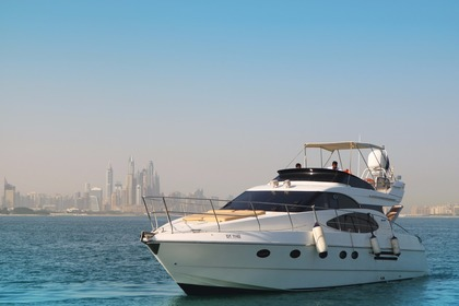 Rental Motorboat Azimuth 52 ft Dubai