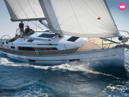 Charter Sailboat Bavaria 40 Cruiser Agropoli