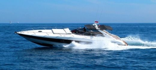 Motorboat Sunseeker Superhawk 48 peer-to-peer
