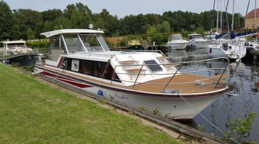 Аренда Janmor 1200 Prestige в Вількаси - Click&BoatЧастная аренда яхт с «Click&Boat»Частная аренда яхт с «Click&Boat»