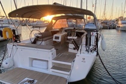 Rental Sailboat Dufour Dufour 430 Grand Large Paros