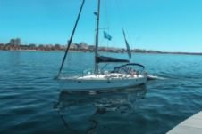 Charter Sailboat Jeanneau So - Sun Odyssey 43 - 2001 Lisbon
