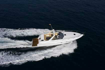 Hire Motorboat Sunseeker Travado 40 Biscay