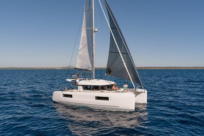 Location Catamaran Lagoon Lagoon 40 Lorient