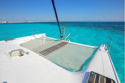 Charter Catamaran Fountaine Pajot Bahia 46 Cancún