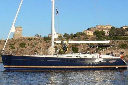 Hire Sailboat BENETEAU Oceanis 523 Clipper Antibes
