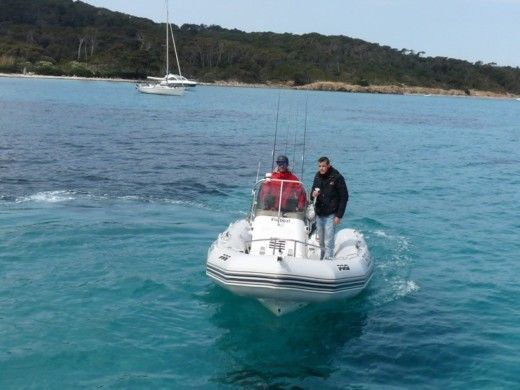 Zodiac Pro 550 Open in Hyères peer-to-peer