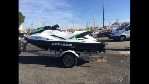 Jet-ski Sea Doo GTI 130 entre particuliers