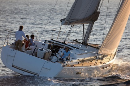 Hire Sailboat JEANNEAU SUN ODYSSEY 509 Las Galletas