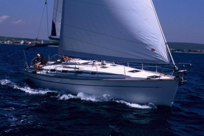 Hire Sailboat BAVARIA 44 Baška Voda