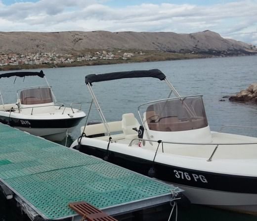 Charter Motorboat Fisher 20 Pag