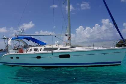 Charter Sailboat HUNTER 410 Marigot