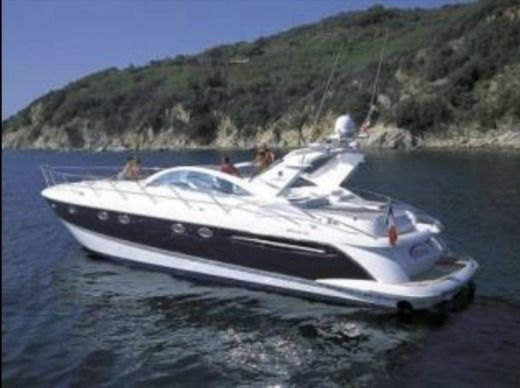 Fairline Targa 52 in Cascais for hire