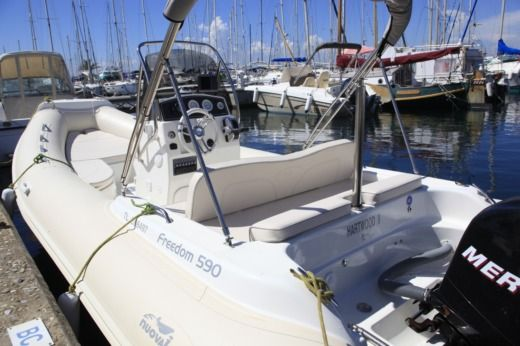 Charter rIB in Hyères peer-to-peer