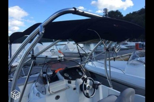 BENETEAU Flyer 500 Open in Le Grau-du-Roi peer-to-peer