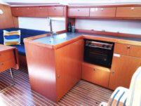 Charter Sailboat Bavaria Cruiser 37 Split