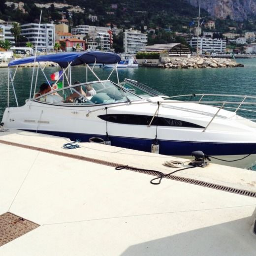 Bayliner 245 Sb in Menton for hire