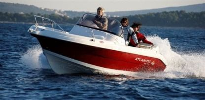 Rental Motorboat Atlantic 570 Suncruiser Vodice