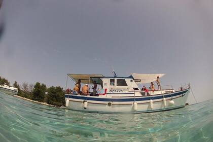 Hire Motorboat Custom Made Croatian Motorboat Veli Lošinj