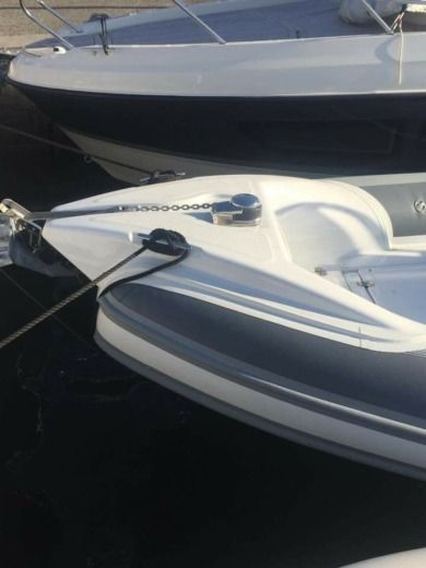 RIB MOTO NAUTICA Vesuviana 700 FASHION for hire