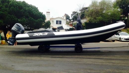 SACS Strider 8 in Lège-Cap-Ferret for hire