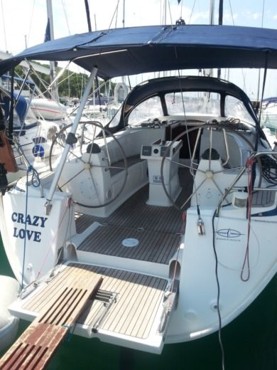 Sailboat Bavaria Yachtbau Bavaria 40 peer-to-peer