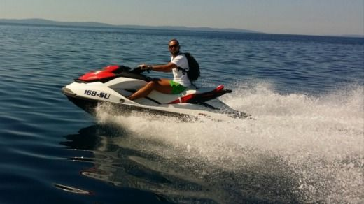 Charter jet ski in Supetar peer-to-peer