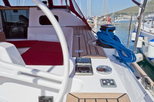 Sailboat Elan Impression 45 for hire