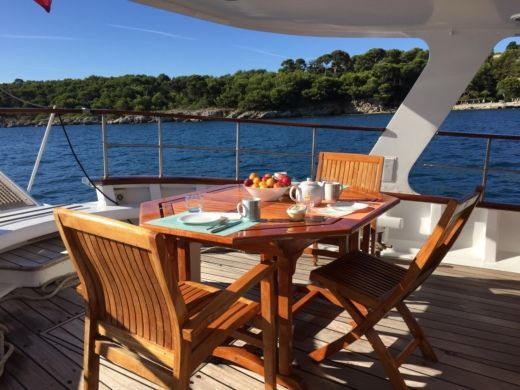 Chantiers Navals De Normandie Motor Yacht Classique in Saint-Tropez for hire
