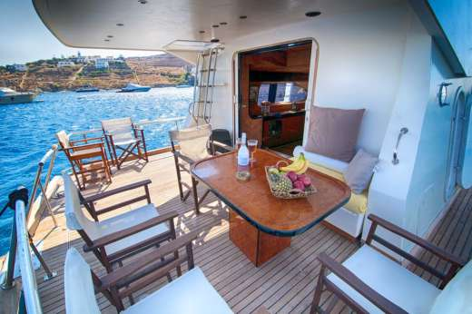 Maiora Fly in Mykonos for hire
